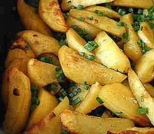 Рецепт картофеля в духовке_ с луком
