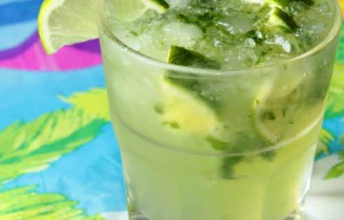 Безалкогольный рецепт домашнего мохито_в стакане