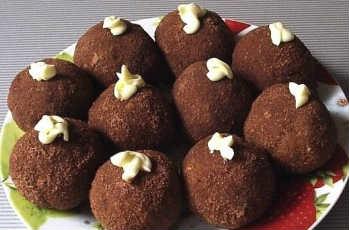 """Рецепт пирожное """"картошка"""" из сухарей_как приготовить"""