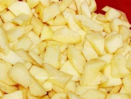 Повидло из яблок на зиму- порезать яблоки кубиком