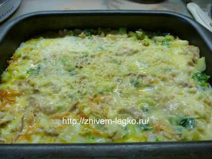 Запеканка из кабачков в духовке_ залить молочно-яичной смесью