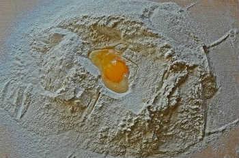 Пельмени сибирские, рецепт пошаговый с фото_тесто для пельменей
