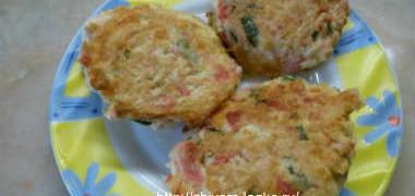 Котлеты из крабовых палочек с сыром-рецепт_котлеты на тарелке