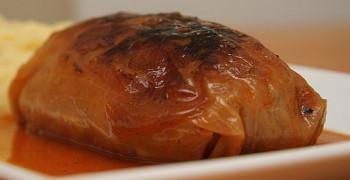 Голубцы-рецепт с фото пошагово в кастрюле_подавать с соусом