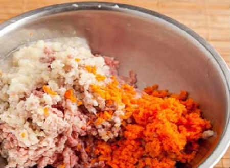 Голубцы в духовке в томатно-сметанном соусе_приготовление фарша