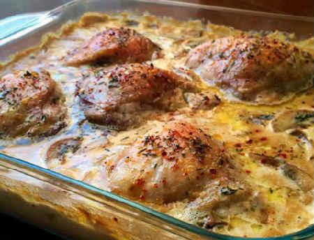 Курица с шампиньонами в сметанном соусе_рецепт
