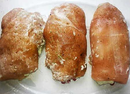 Куриные рулетики с начинкой рецепт с фото_ с овощами и сыром