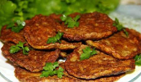 Оладьи из печени куриной рецепт с фото_ с морковью и луком