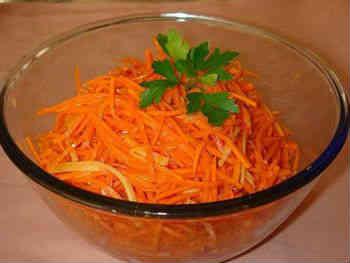 Рецепты корейских салатов_чаша с морковью