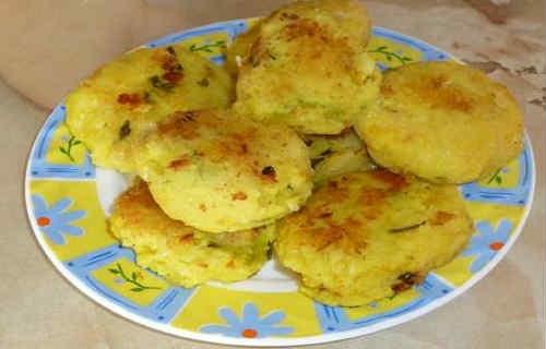 Рецепт картофельных котлет из пюре_приготовление