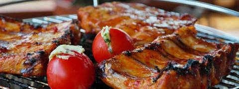 Свиные ребрышки запеченные в духовке_в маринаде