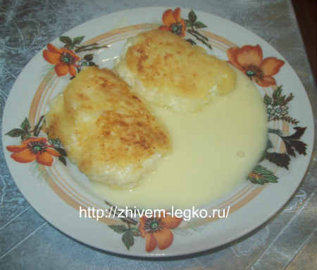 Творожные оладьи с яблоками, без яиц_выложить на тарелку