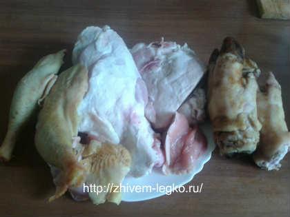 Как приготовить холодец из свиных ножек и курицы_ингредиенты