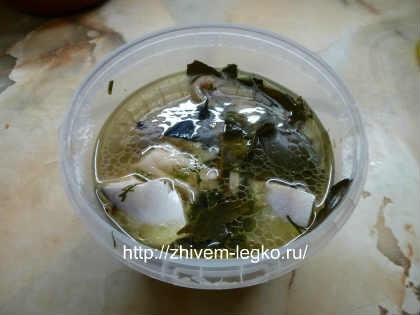 Маринованная скумбрия, рецепт_залить рыбу маринадом