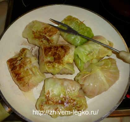 Как приготовить голубцы из капусты с фаршем_ обжаривание на сковороде