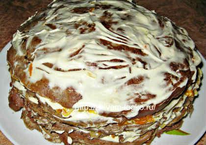 Печёночный торт, рецепт с фото пошагово_ верхний корж смазать майонезом